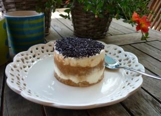 Pastel de café y nata